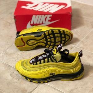 Nike Shoes - Nike Air Max '97